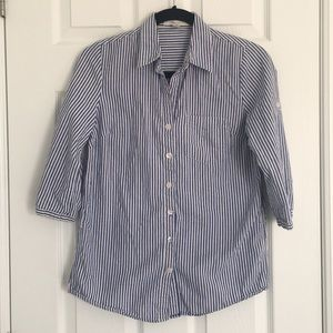 FOREVER 21 Blue and White Striped Button Down - S